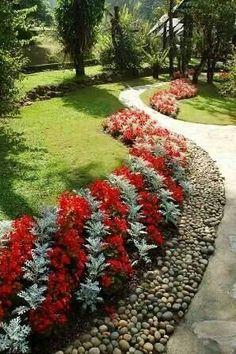 Flower bed border ideas alyssum begonia and ornamental for Landscaping rocks tuscaloosa al