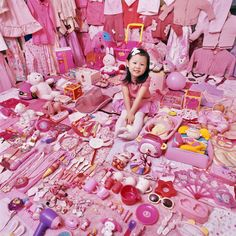THE PINK & BLUE PROJECT OF JEONGMEE YOON  or: how monochrome toys photographed by a Korean MOM have to unmask the powerful global influence of consumerism