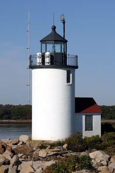 Goat Island Lighthouse, Maine at Lighthousefriends.com