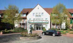 Eine außergewöhnliche Hochzeitslocation in Hamburg ist das Steigenberger Hotel Treudelberg in Hamburg. Erfahre mehr unter http://eventoskop.com/dienstleister.html?p=457