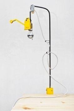 vertical design desk lamp