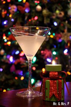 30+ Holiday Cocktails - Ginger Martini