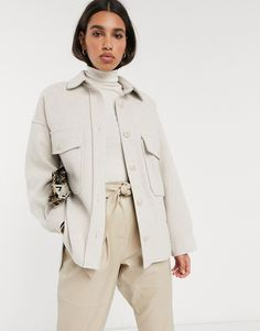 Buy Stradivarius oversized shirt jacket in beige at ASOS. With free delivery and return options (Ts&Cs apply), online shopping has never been so easy. Get the latest trends with ASOS now. Tweed Jacket, Shirt Jacket, Topshop Looks, Beige, Heavy Winter Coat, Asos, Mode Chic, Spring Jackets, Jacket Style
