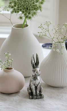 Head on over to our blog to see our top tips on layering your Easter table. Our range of ceramic vases are perfect additions not just for table decorations but placed on your shelf, table, sideboard. Frankly they will go anywhere, they are so beautiful. They even look fabulous when they are not filled. As for the Easter bunny, well how cute is this decoration? #eastertable