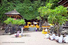 26 Meilleures Attractions à Candidasa (Bali Est)  voyage bali depart marseille Attraction, Voyage Bali, Art Japonais, Arts, Patio, Table Decorations, Outdoor Decor, Home Decor, Marseille