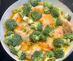 Fileciki z kurczaka w sosie serowo-brokulowym - Blog z apetytem Broccoli, Vegetables, Blog, Recipes, Diet, Food Recipes, Vegetable Recipes, Blogging, Rezepte