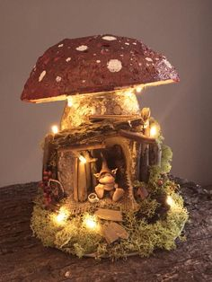 Mushroom Decor, Mushroom House, Clay Crafts, Diy And Crafts, Arts And Crafts, Clay Fairies, Fairy Crafts, 3d Fantasy, Fairy Doors