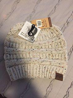 New San Diego Co Dark Brown  BEAR EARS CAP /& POM Faux Fur One size gift