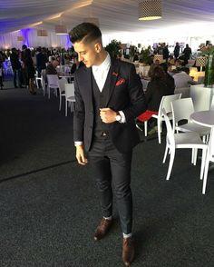 Danilo Acuisto at the Vodacom Durban July wearing Brooksfieldsa