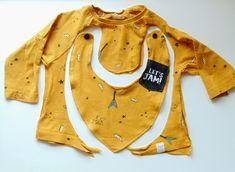 Babero hecho con una camiseta que ya no servia. Creative, Blog, So Done, T Shirts, Repurpose, Blogging