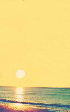 Nada más chulo que los atardeceres en la playa #vacaciones