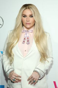 Newly public emails from Dr. Luke to Kesha prove he body-shamed her.