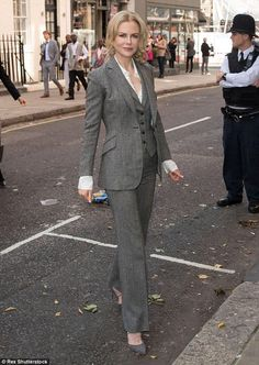 "Daily Mail Celebrity on Twitter: ""Nicole Kidman shares how her split from Tom Cruise improved her career http://t.co/wJOOypzECA http://t.co/1eoFwVU9XX"""