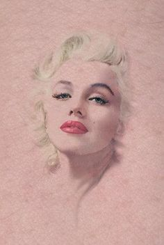 @PinFantasy - Drawing Marilyn Monroe ! ~~ For more:  - ✯ http://www.pinterest.com/PinFantasy/gente-~-marilyn-monroe-art/