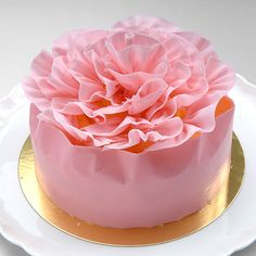 #pink wedding cake  Shape in a lotus? - change color