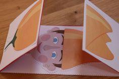 Tulipánból paprika, Paprikából Jancsika. Jancsikából kiskirály, Kiskirályból tulipán. Biztos sokszor meg is rajzoltad, a gyerkőc meg hajtogatta, mondogatta, mutogatta :) Creative Crafts, Diy And Crafts, Crafts For Kids, Paper Crafts, Diy Sensory Board, Crochet Baby Toys, Wooden Baby Toys, Montessori Toys, Creative Teaching