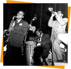 Dizzy Gillespie, James Moody And Cuban Congero Chano Pozo Puerto Rico, Larry Fink, Musica Salsa, Dizzy Gillespie, Artist Film, Afro Cuban, Jazz Artists, Smooth Jazz, Miles Davis