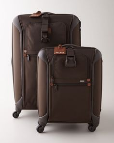 http://archinetix.com/tumi-alpha-light-espresso-luggage-collection-p-4045.html