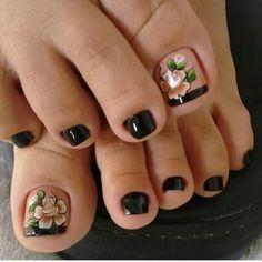 23 that will make you bright summer nails designs glitter fun 028 Toe Nail Color, Toe Nail Art, Nail Colors, Pretty Toe Nails, Cute Toe Nails, Pretty Pedicures, Bright Summer Nails, Feet Nails, Toenails
