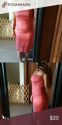 Burnt Orange strapless dress This super sleek sexy dress is sure to impress. Below the knee monotone color makes you look slim. GAP Dresses Strapless