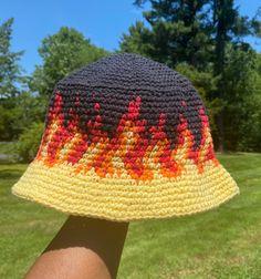 Diy Crochet Projects, Crochet Diy, Crochet Crafts, Crochet Hooks, Crochet Designs, Crochet Patterns, Crochet Pattern Free, Tapestry Crochet, Crochet Purses