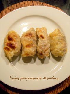 Λαχανοντολμάδες με κιμά στο φούρνο (με κρέμα αυγολέμονο) - cretangastronomy.gr Greek Recipes, Baked Potato, Sushi, Chicken, Meat, Baking, Vegetables, Ethnic Recipes, Food