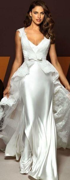 Aparte eenvoudige trouwjurken op maat gemaakt. Envie Couture. - Aparte Trouwjurken