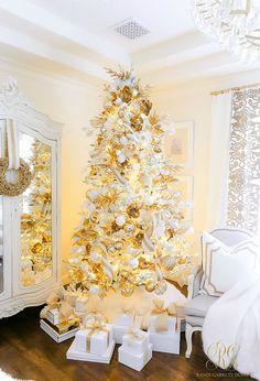 100 All White Christmas Decor Ideas In 2020 White Christmas Decor Christmas Decorations White Christmas