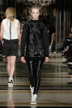 retoxmagazine.com - Pinghe AW14 catwalk - London Fashion Week - #catwalk #fashion #show #model #style #aw14 #designer #runway #trend #collection #nice #black