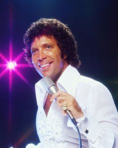 3 x Tom Jones Young Welsh Wales Singer music icon legend photo picture print Tom Jones Young, Sir Tom Jones, 60s Music, Music Icon, 70s Singers, Tom Jones Singer, The Mccoys, Stephen Stills