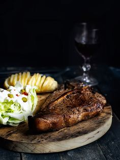 X Rustic Food Photography, Steak And Ale, Bistro Food, Good Food, Yummy Food, Whats For Lunch, Man Food, Recipes From Heaven, No Cook Meals