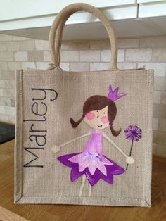 Handpainted Personalized Kids Fairy Jute Bag Source by dotsbakes Tie Dye Painting, Fabric Painting, Personalised Jute Bags, Childrens Party Bags, Painted Clothes, Fabric Bags, Kids Bags, Canvas Tote Bags, Hand Painted
