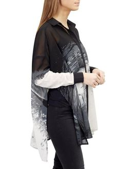 Leading online upscale fashion boutique in London for women's outerwear. Selecting designers such as Canada Goose, Mackage, Rino & Pelle and Ventcouvert, Fur & Leather coats and much more. White Kaftan, Religion Clothing, Black And White Fabric, Shirt Blouses, Shirts, Outerwear Women, Fashion Boutique, Duster Coat, Monochrome