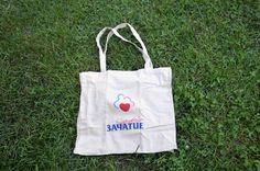 еко-текстилна торбичка за пазаруване размери: 40 x 35 см цвят: екрю цена: 6 лв