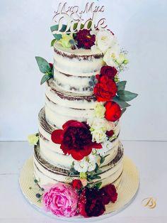 Tort cu blat de ciocolata neagră cu crema de ciocolata albă cu topper mr& mrs Mr Mrs, Wedding Cakes, Tasty, Flowers, Desserts, Food, Wedding Gown Cakes, Tailgate Desserts, Deserts