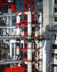Historical shots of HK's HSBC Main Building under construction.