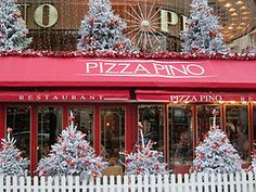 pizza in Paris decorated for Christmas...