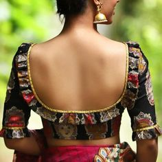 Designer Planet : Blouse Back Neck Designs For Modern Diva Sarees Indian Blouse Designs, Blouse Back Neck Designs, Simple Blouse Designs, Stylish Blouse Design, Bridal Blouse Designs, Sari Design, Diy Design, Blouse Designs Catalogue, Designer Blouse Patterns