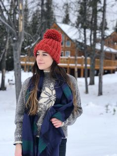 Montana, Anaconda, log cabin, cabin, outdoors, snow, winter, cabin stay, cabin outfits, camping style, outdoor fashion.