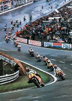 Barry Sheene...Kenny Roberts... Spa Francorchamps