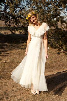 Bohemian Wedding Dress #wedding #dress www.loveitsomuch.com