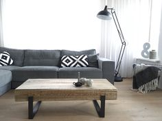 Woonkamer Nieuwe salontafel  Foto instagram: huisje_boompje_beestje