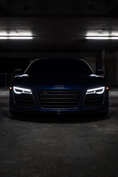 Audi R8 V10 Plus. Amazing, what a beauty. Carporn.