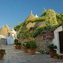 City break Alberobello! 128 eur (zbor, cazare 3 nopti, mic dejun, transfer) • Aventurescu