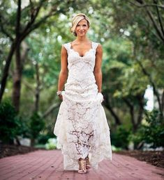 Simple country style wedding dresses with boots trends 100 ideas vivibridal womens vintage sexy back hole full lace country wedding bridal gowns ivory us4 junglespirit Image collections