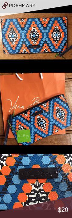 🎉Sale🎉 Vera Bradley slim zip wristlet Vera Bradley slim zip wristlet Marrakesh Beads NWT. Great for traveling. Inside has slots for credit cards and slot for bills. Fun pattern. Vera Bradley Bags Clutches & Wristlets