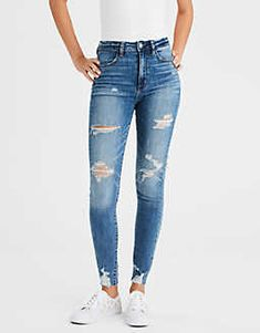 Shop American Eagle for Women's High-Waisted Jeans that look as good as they feel. Browse jeggings, skinny jeans, Curvy jeans and more in the high-waisted fit you love. Diy Jeans, Cute Ripped Jeans, Lässigen Jeans, Hollister Jeans, Light Ripped Jeans, Biker Jeans, Outfit Jeans, American Eagle Jeans, American Eagle Outfitters Jeans