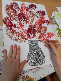 Craft with prints of autumn leaves 0 Fall Art Projects, School Art Projects, Autumn Crafts, Autumn Art, Autumn Leaves, Drawing For Kids, Art For Kids, Kindergarten Art Lessons, 3rd Grade Art