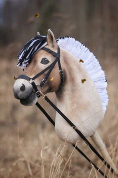 Norwegian Fjord Horse made by Eponi: www. Hobby Horse, Horse Tack, Pool Noodle Crafts, Fjord Horse, Stick Horses, Horse Videos, Pretty Horses, Anastasia, Cute
