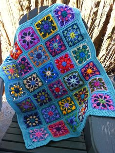 so what if its a little girly, its the most beautiful crocheted baby blanket I have ever seen! And I have a huge crochet blanket weakness. Cant wait to see it in person!
